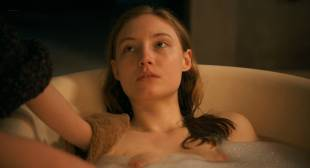 Julia Roy nude butt boobs and sex - À Jamais (FR-2016) HD 1080p WEB