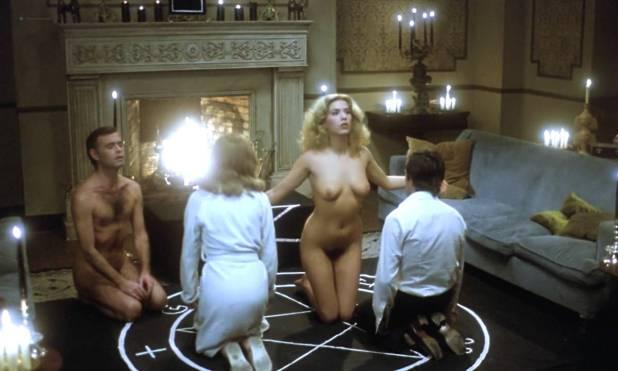 Mariana Karr nude full frontal Sandra Alberti nude sex - Escalofrío (ES-1978) HD 720p (11)