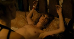 Sarah Stiles nude sex and Nicole LaLiberte nude tied up - Im Dying Up Here (2017) s1e4 HD 1080p Web (2)