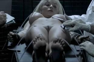 Vanina Verdun Penia nude bush and lot of hot sex – She Alien (2009) HD 720p