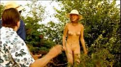 Veronika Bellová nude full frontal Zita Moravkova and many other's nude bush, butt - Expulsion from Paradise (CZ-2001) (13)