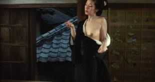 Mariko Kaga nude brief topless - Kagero-za (JP-1981) HD 720p BluRay (4)