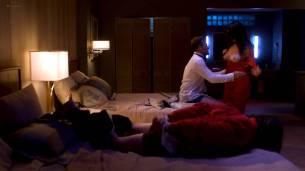 Davie-Blue nude topless - Room 104 (2017) s1e2 HD 1080p Web (3)