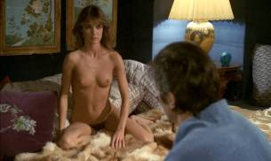 Anne Parillaud nude full frontal Marie-Christine Descouard bush and Andréa Ferréol topless - Le battant (FR-1983) (7)