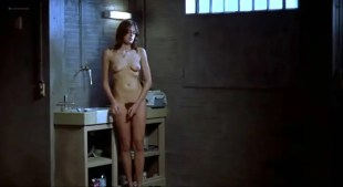 Clara Choveaux nude full frontal - Tiresia (FR-PT-2003)
