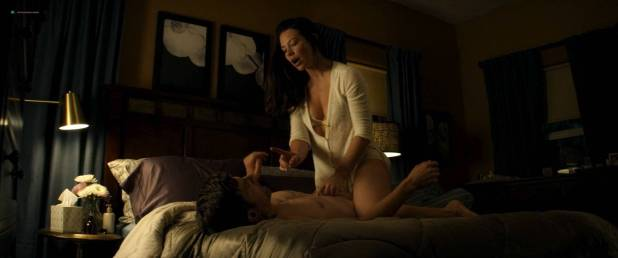 Evangeline Lilly hot sexy cleavages - Little Evil (2017) HD 1080 Web (3)