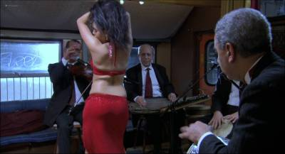Hafsia Herzi hot and sexy as belly dancer - La graine et le mulet (FR-2007) HD 1080p (2)