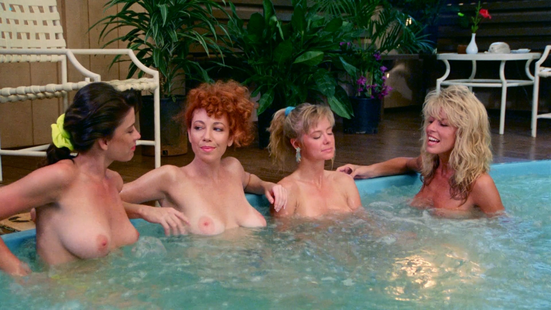 Hope Marie Carlton nude bush Teri Weigel sex in the car Maxine Wasa and other's nude - Savage Beach (1989) HD 1080p BluRay (48)