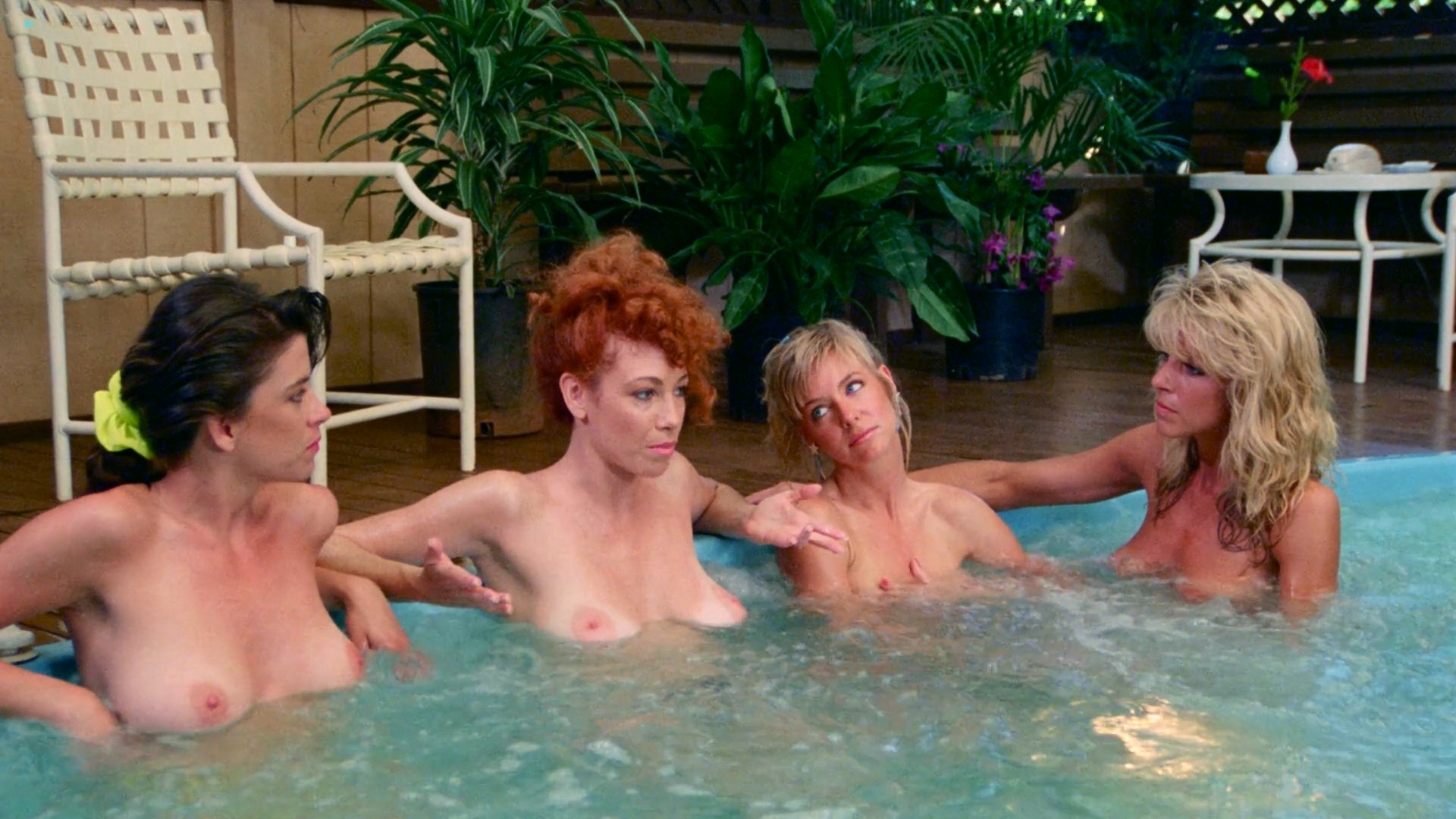 Hope Marie Carlton nude bush Teri Weigel sex in the car Maxine Wasa and other's nude - Savage Beach (1989) HD 1080p BluRay (47)