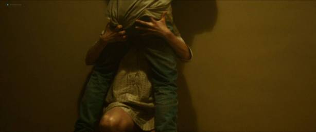 Jessica Madsen nude butt boobs and hot sex - Leatherface (2017) HD 1080p (14)