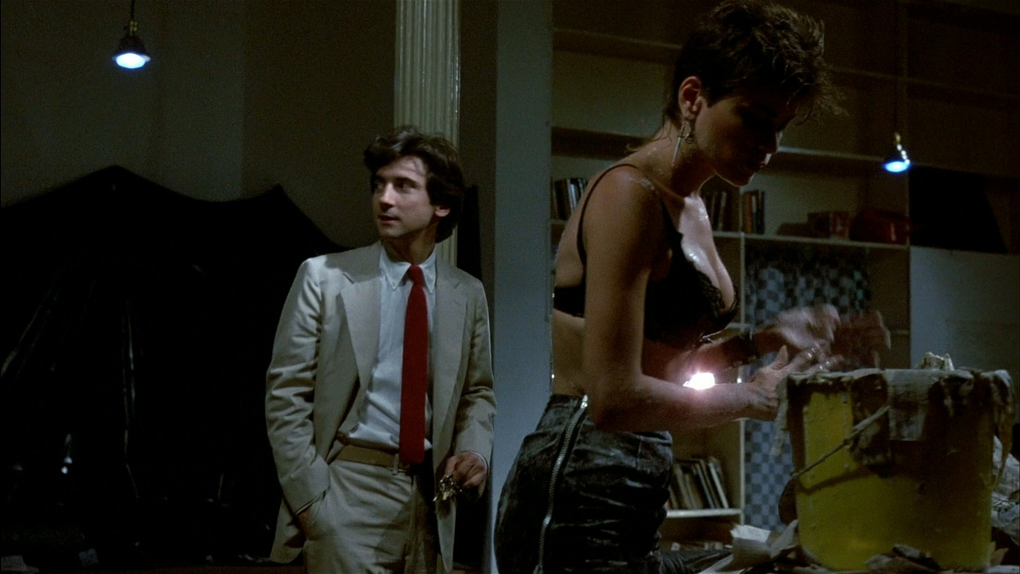 Linda Fiorentino nude Rosanna Arquette hot and sexy - After Hours (1985) HD 1080p BluRay (14)