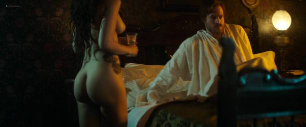 María Valverde nude topless and butt - The Limehouse Golem (2016) HD 1080p Web (4)