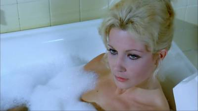 Betsabé Ruiz nude topless and Helga Liné nude - The Loreleys Grasp (SP-1974) HD 1080p BluRay (5)