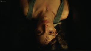 Jodi Balfour nude topless and sex Lucy Chappell sex doggy style - Rellik (2017) s1e3-4-5 HD 1080p (13)