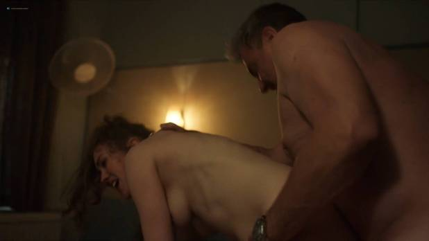 Jodi Balfour nude topless and sex Lucy Chappell sex doggy style - Rellik (2017) s1e3-4-5 HD 1080p (12)