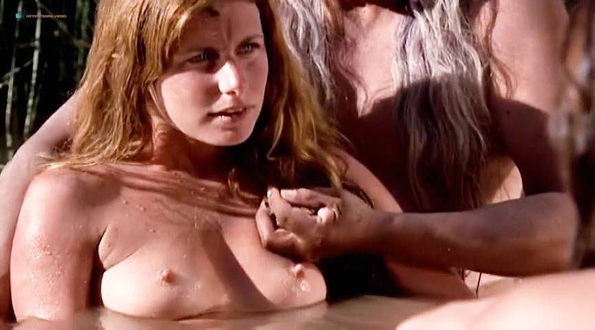 Girl fucked by shemale
