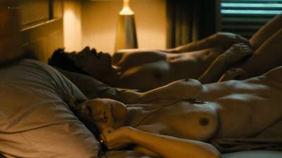 Maggie Gyllenhaal nude topless and sex Kayla Foster and Olivia Luccardi nude too - The Deuce (2017) s1e5 HD 1080p (14)