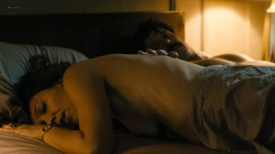 Maggie Gyllenhaal nude topless and sex Kayla Foster and Olivia Luccardi nude too - The Deuce (2017) s1e5 HD 1080p (9)