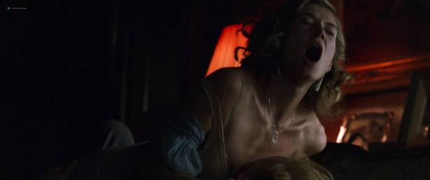Rosamund Pike hot butt and sex Mia Wasikowska sex nipple, others topless - The Man with the Iron Heart (2017) HD 1080p (12)