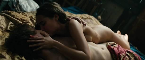 Alicia Vikander nude sex Holliday Grainger and Cara Delevingne nude sex too - Tulip Fever HD 1080p (2017) (3)