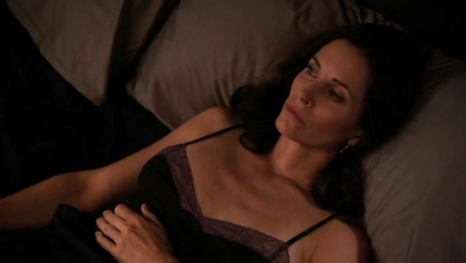 Courtney Cox hot sex and sexy - Dirt (2007) S1 (23)