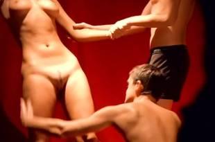 Eva Aichmajerová nude full frontal Anna Polívková and Barbora Seidlová nude sex - Bolero (CZ-2004) (7)