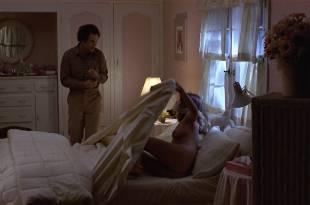 Kathryn Harrold nude brief topless and butt - Modern Romance (1981) HD 1080p WEB (12)