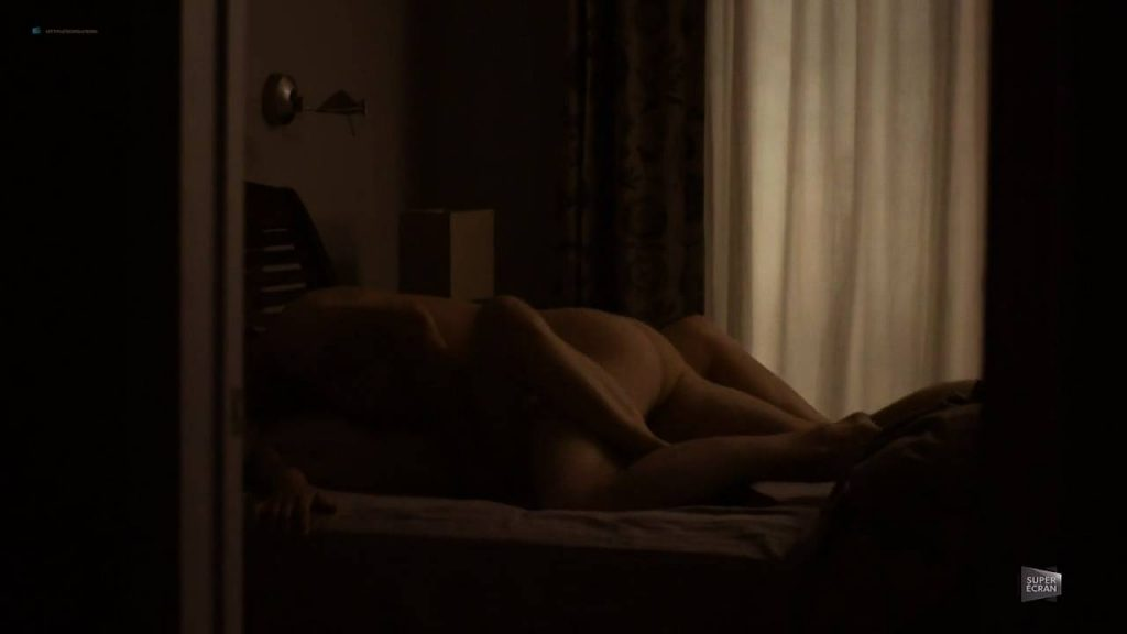 Laurence Leboeuf nude sex Eve Duranceau and Catherine Brunet nude sex too - Marche à L'Ombre (CA-2015) S1 HDTV 720p (5)