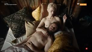 Liv Lisa Fries nude topless Severija Janusauskaite nude topless and butt - Babylon Berlin (DE-2017) S01 HDTV 1080p (7)