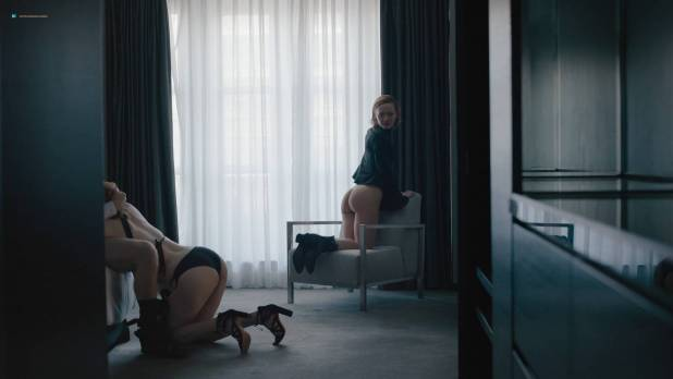 Louisa Krause nude butt and oral Gillian Williams nude oral too - The Girlfriend Experience (2017) s2e1 HD 1080p Web (2)