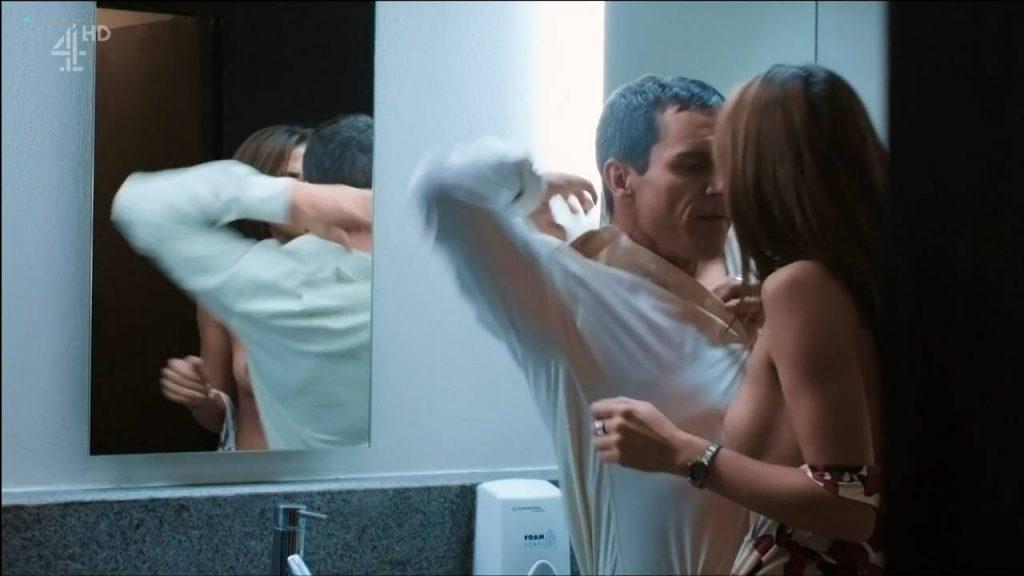 Margarita Muñoz nude topless and sex - Sr. Ávila (ES-2013) s1e1 HDTV 720p (10)