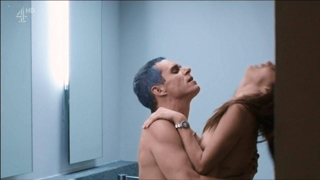 Margarita Muñoz nude topless and sex - Sr. Ávila (ES-2013) s1e1 HDTV 720p (5)