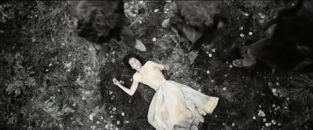 Michelle Dockery nude topless - Godless (2017) S1 HD 1080p Web (12)