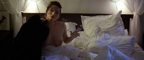 Nataliya Joy Prieto nude topless Jess Webb and Shayla Beesley nude too - Spreading Darkness (2017) HD 1080p (6)