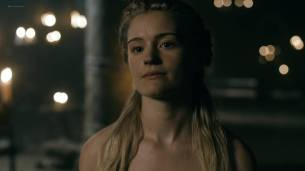 Alicia Agneson nude butt naked and some nipples - Vikings (2017) s5e3 HD 1080p Web (10)