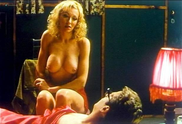 Barbara Vickovic nude topless Matija Prskalo and Lana Jergovic nude too - Kraljica noci (KR-2001) (3)