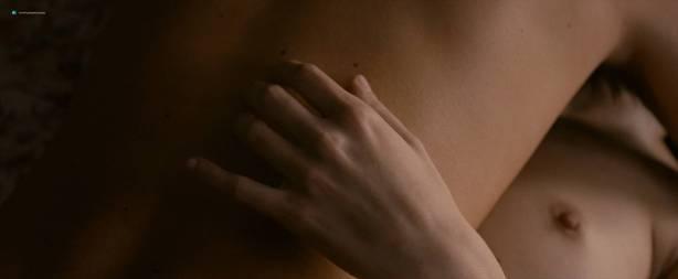 Céline Sallette nude topless Eléonore Haentjens topless covered - Cessez-le-feu (FR-2016) HD 1080p BluRay (5)