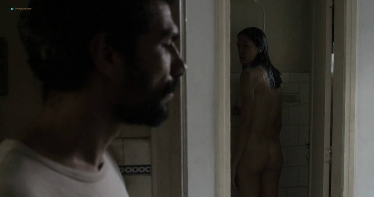Clara Choveaux nude full frontal explicit bj - Elon Nao Acredita na Morte (BR-2016) HD 720p WEB (16)