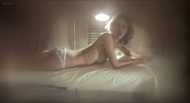 Darlanne Fluegel nude topless Lisa Taylor and Rita Tellone nude topless too - Eyes of Laura Mars (1978) HD 1080p BluRay (2)
