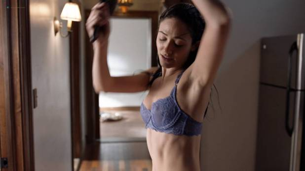 Emmy Rossum nude topless and hot in lingerie - Shameless (2017) s8e8 HD 1080p Web (4)