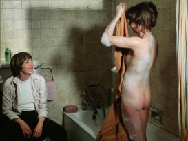 Glory Annen nude butt and boobs and Sally Faulkner topless lesbian - Prey (UK-1978)