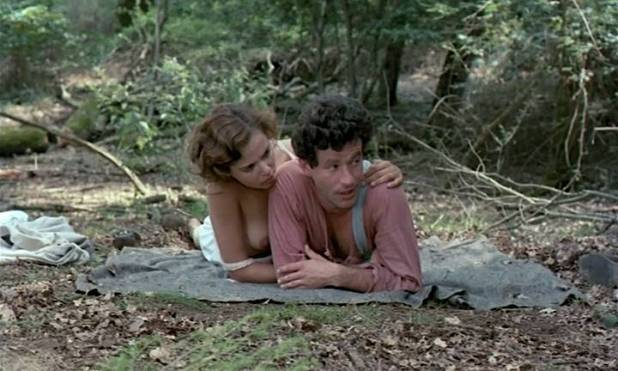 Greta Scacchi nude and Désirée Nosbusch nude topless - Good Morning, Babylon (IT-1987) (3)