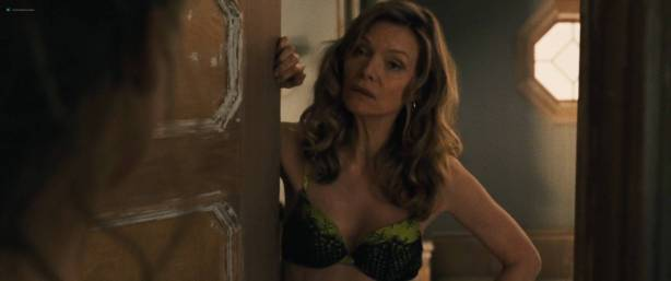 Jennifer Lawrence nude topless and Michelle Pfeiffer hot - Mother! (2017) HD 1080p Web (10)