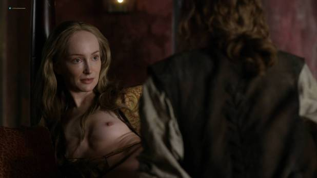 Lotte Verbeek nude butt and boobs - Outlander (2017) s3e12 HD 720 -1080p (3)