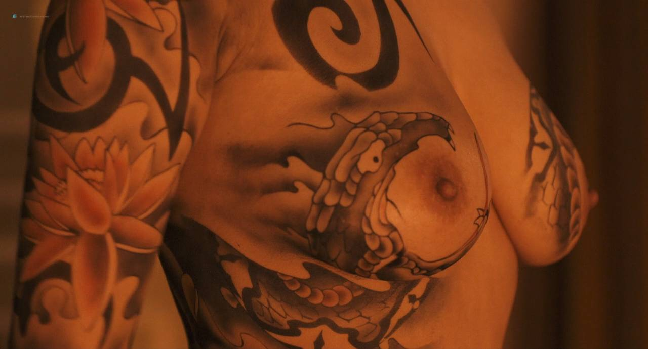 Maiko Amano nude bush Noriko Hamada and Rina Sakuragi nude full frontal - Hana to hebi Zero (JP-2014) HD 720p (8)