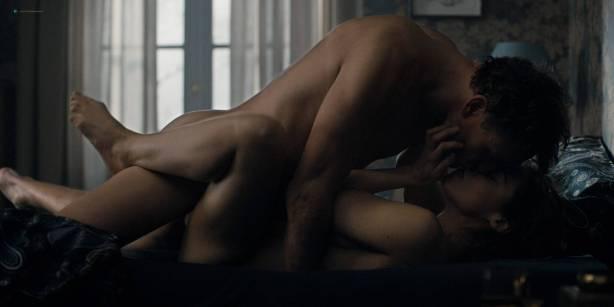 Maja Schöne nude sex Deborah Kaufmann topless Gina Alice Stiebitz nude - Dark (2017) s1 HD 1080p Web (12)