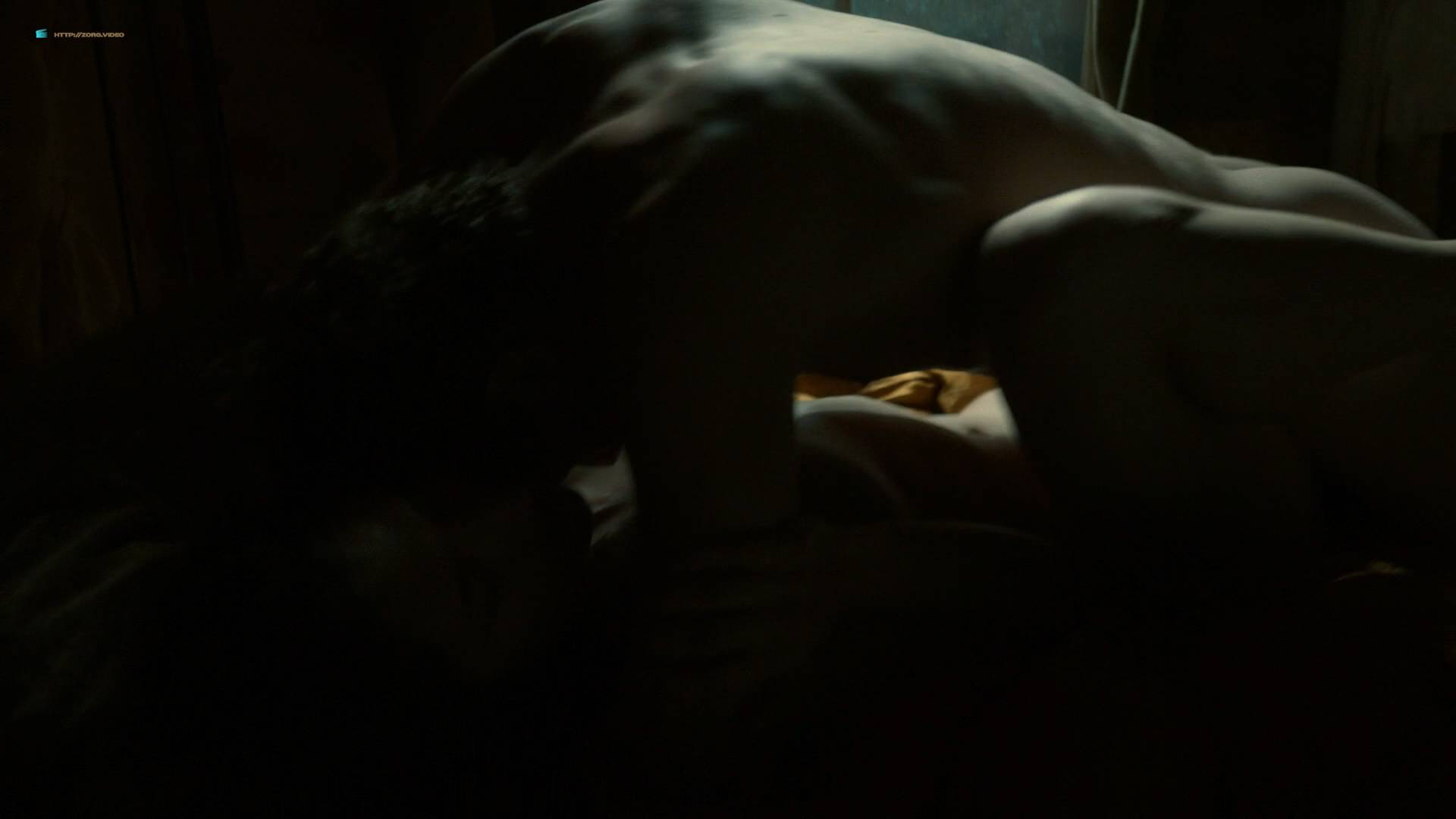Dakota Fanning hot cleavage and Daisy Bevan sex - The Alienist (2018) s1e2 HD 1080p (3)