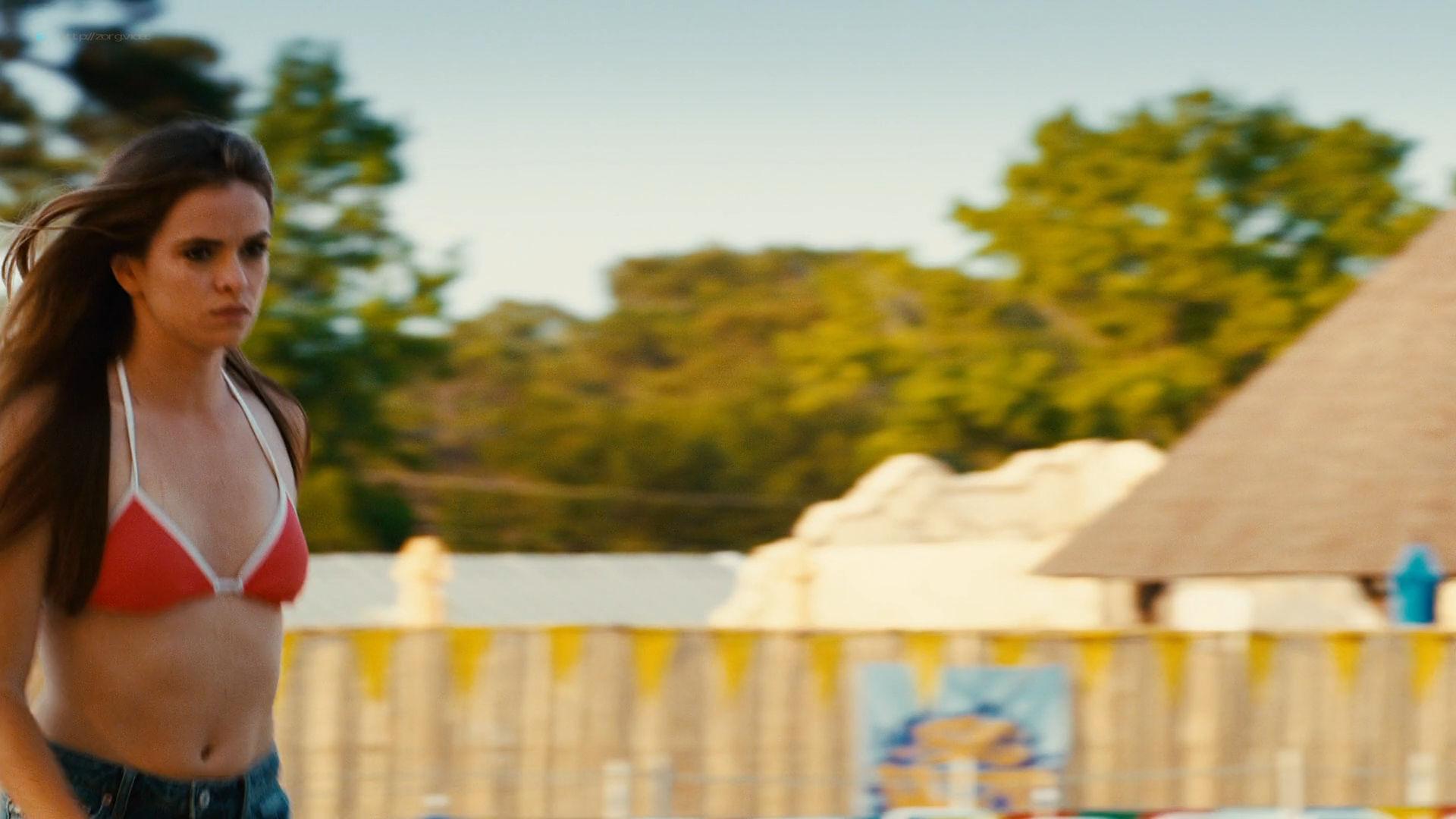 Irina Voronina full frontal nude Katrina Bowden hot - Piranha 3DD (2012) HD 1080p (3)