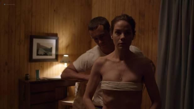Michelle Monaghan hot bondage Emma Greenwell sexy and Freida Pinto oral - The Path (2018) s3e1 HD 1080p (8)