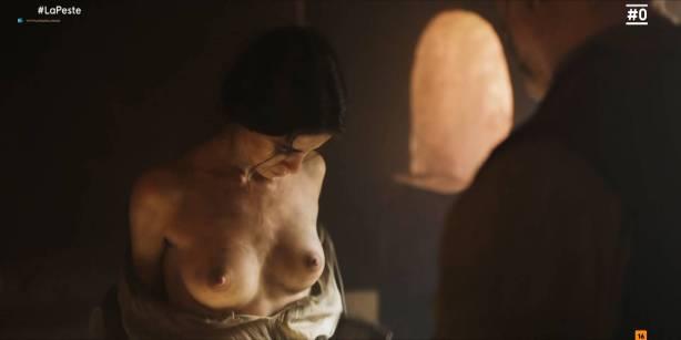 Patricia López nude full frontal Cecilia Gómez, Lupe del Junco and others nude bush, topless - La peste (ES-2018) s1 HDTV 1080p (12)